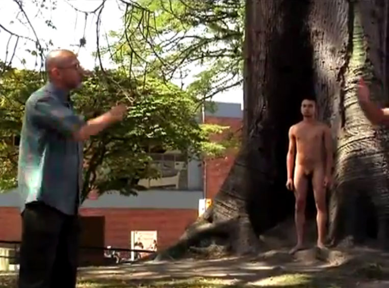 Una Jovencita Secretaria Desnuda Fotos Caseras