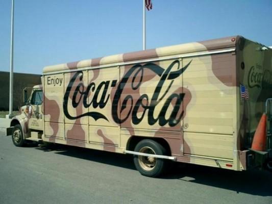 No solo de pvc vive el hombre (Peliculas, Series y Documentales) - Página 6 6.-Coca-Cola-Army-4-533x400