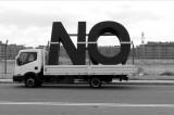 Santiago Sierra: Cómo decir NO