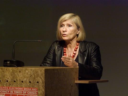 Chantal Mouffe | Política y pasiones: cómo movilizar afectos en una dirección democrática