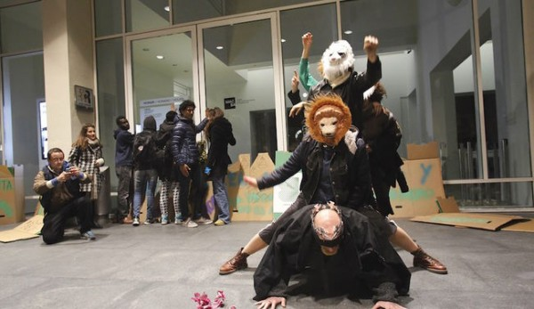manifestacio-portes-Macba-MANOLO-GARCIA_ARAIMA20150318_0223_11