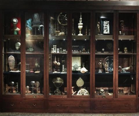 """Artempo: Where Time Becomes Art"", curada por Mattijs Visser, Axel Vervoordt y Jean-Hubert Martin a Palazzo Fortuny, Venecia, durante la Bienal de Arte del 2007"
