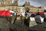 38 días acampando por la paz en la Plaza de Bolívar