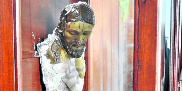 El Papa Francisco, Artista